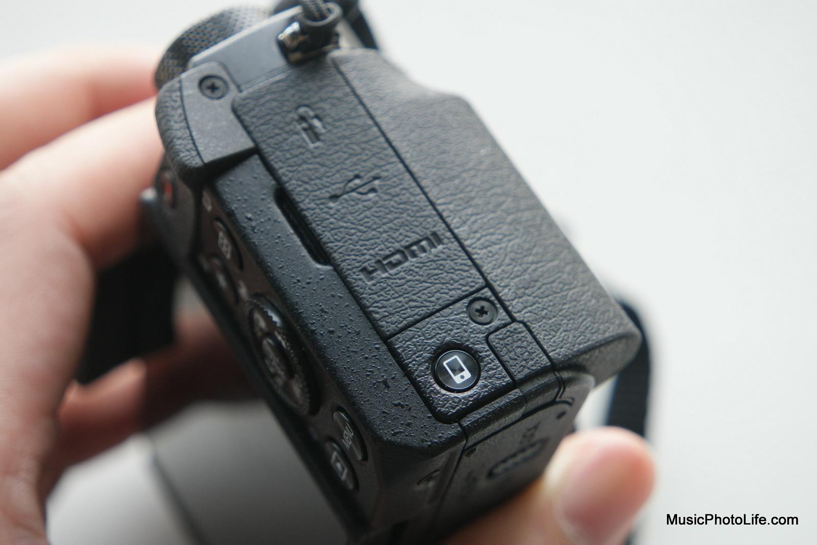 Canon G5X mobile device connection button