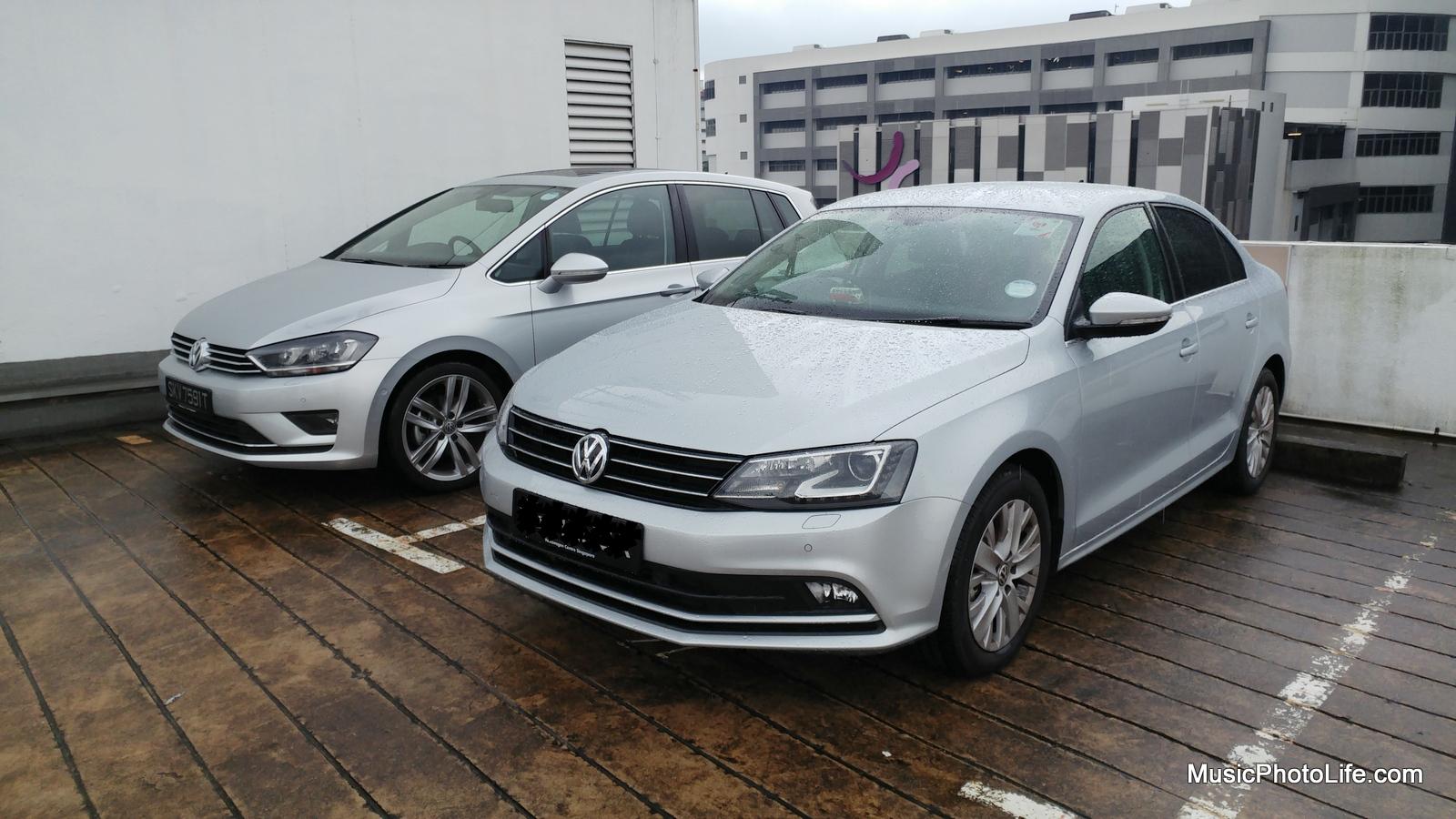 VW Sportsvan and Jetta side by side
