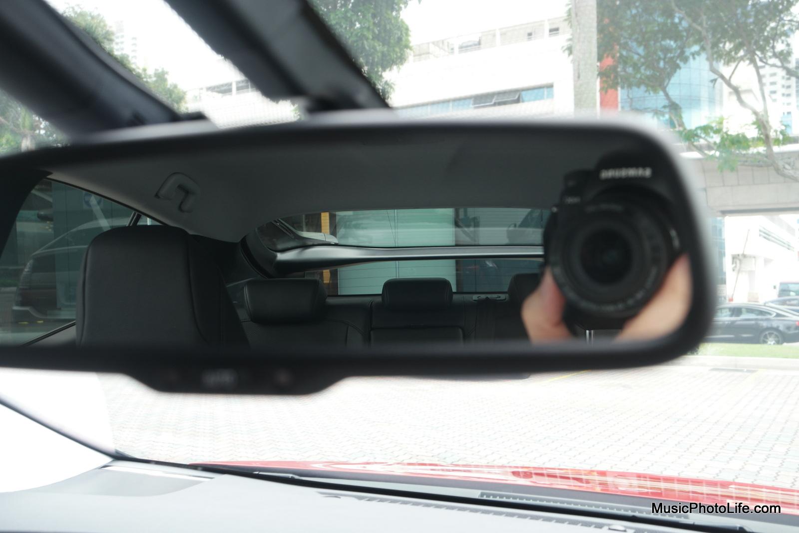 Toyota Prius 2016 rear view mirror
