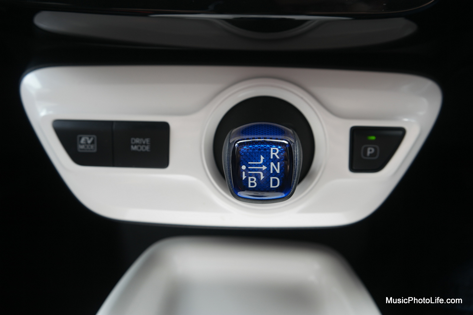 Toyota Prius 2016 gear stick