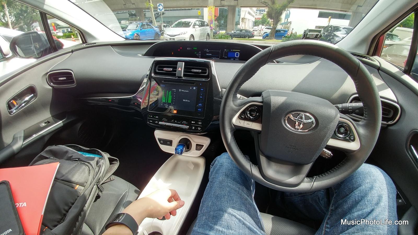 Toyota Prius 2016 driver's view