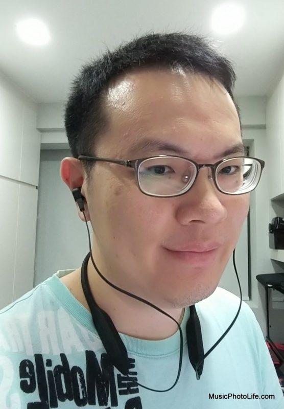 Porsche Design KEF Motion One neckband earphones normal orientation