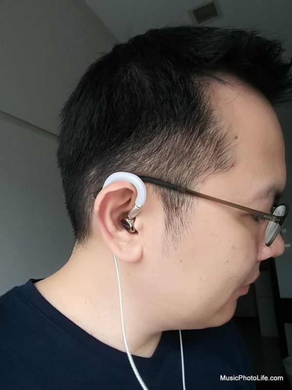 Wearing the Beyerdynamic Xelento with Ourart Ti7 balanced MMCX 4.4mm audio cable