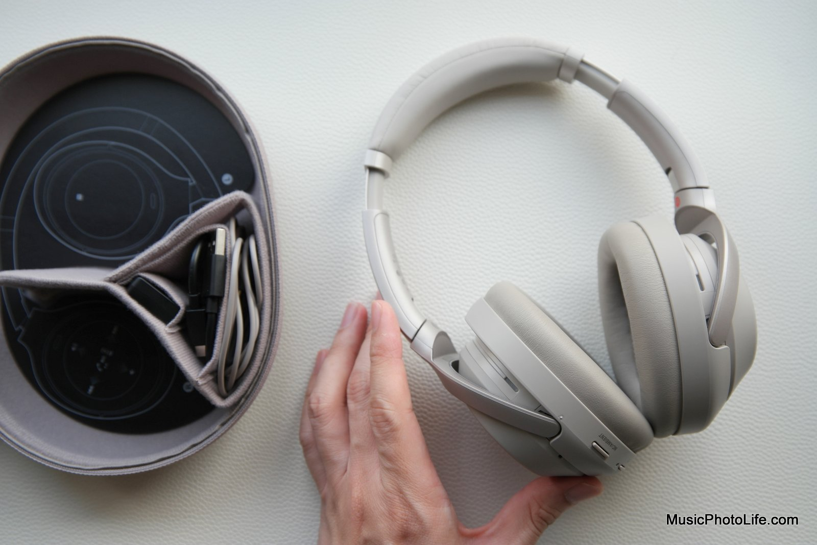 Sony WH1000X M3 review by musicphotolife.com, Singapore consumer home travel product blogger