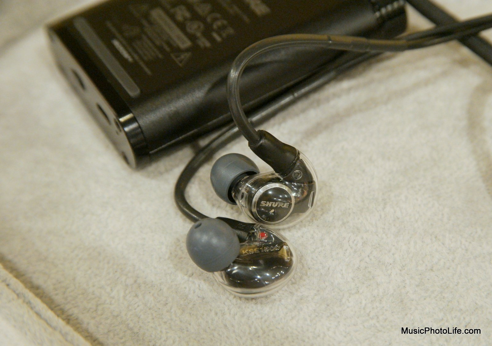 Shure KSE1200 Review: Portable Electrostatic Earphone System