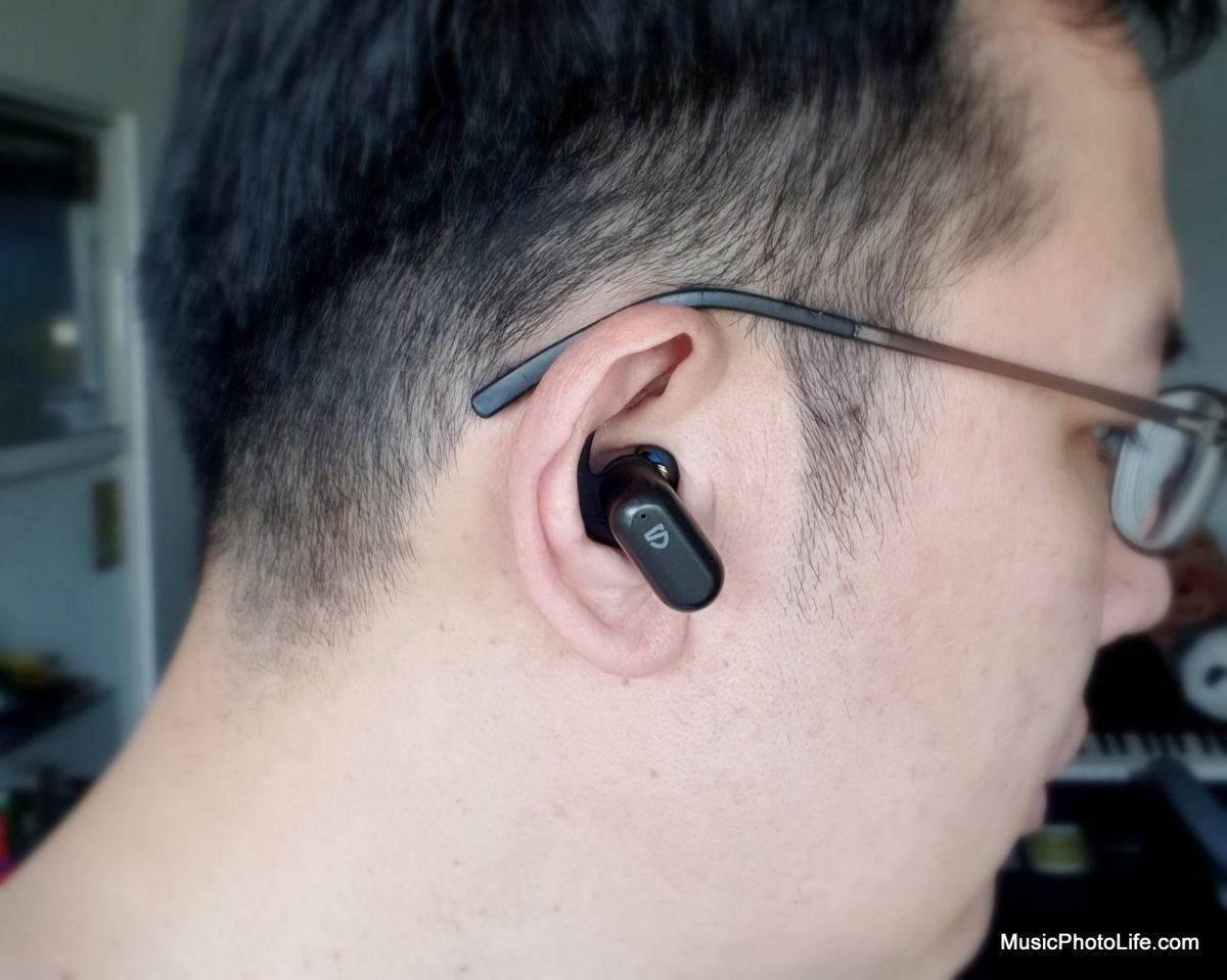 SOUNDPEATS Truengine2 earbuds on ear - musicphotolife.com Singapore tech review blog